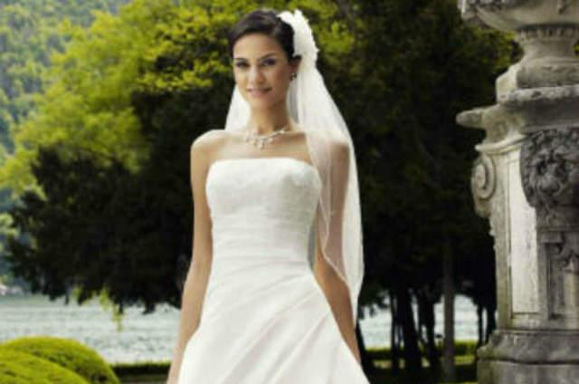 Brautkleider Und Brautmode In Tirol