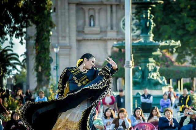 Ballet Folklorico Mayor de Tacna y su Gran Ballet
