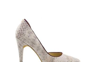 Divina Shoes & Accessories