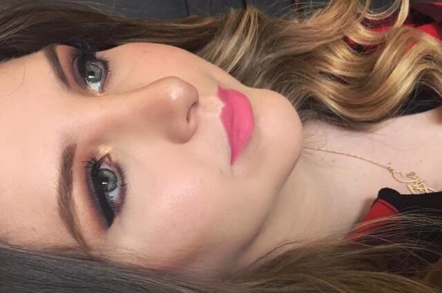 Andrea Ochoa Make Up - Image Design