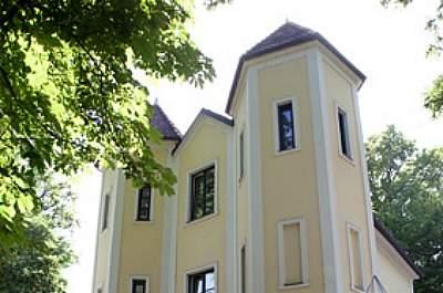 Villa Floßlände