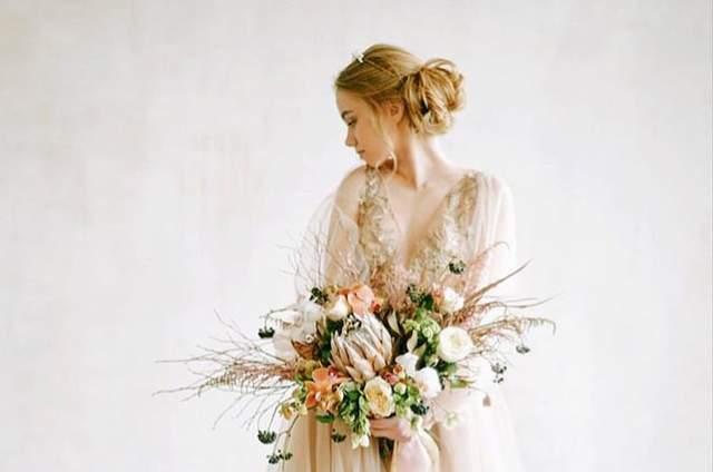 Свадебные платья Andrea Dress