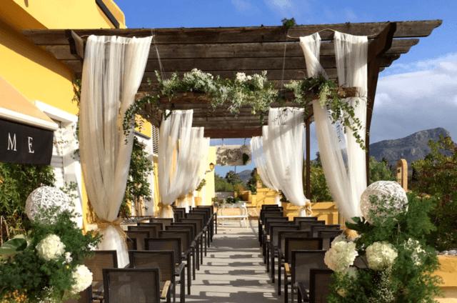 Undersun Restaurant Lounge
