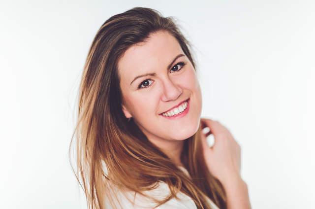 Daniela Dornhof - Hochzeitssängerin & freie Traurednerin