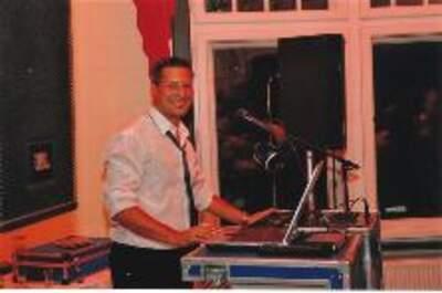 DJ Akki